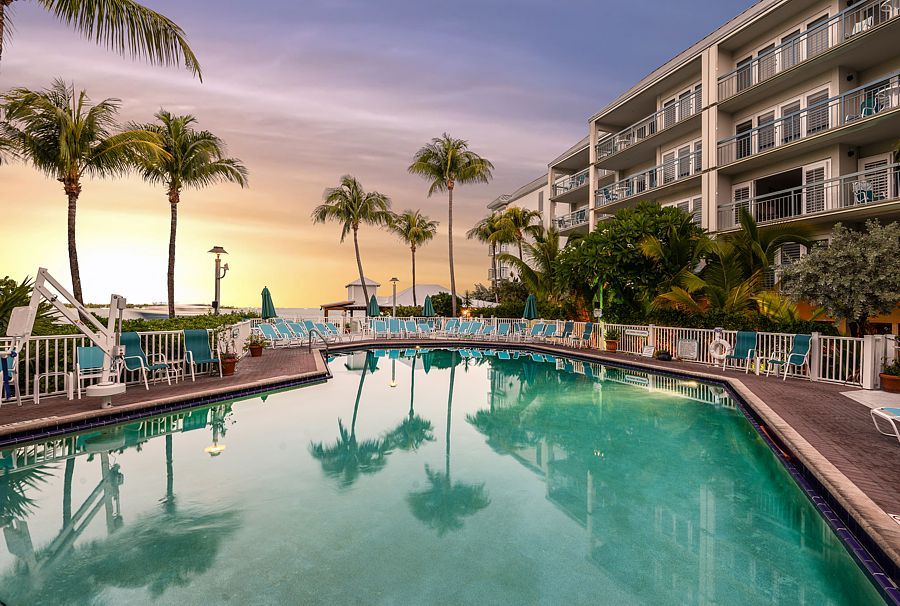 5 star vacation condo rentals on the water in key west. Black Bedroom Furniture Sets. Home Design Ideas