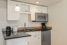 Hideaway Suite - Kitchen